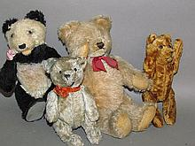 4 small jointed teddy bears
