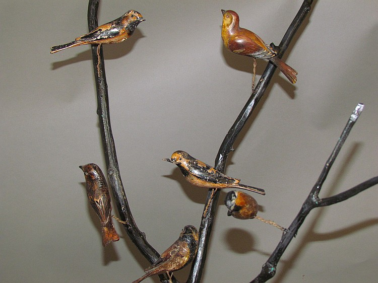 Lot 465: Bird tree with 9 birds