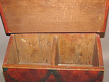 Lot 466: PA folk art paint decorated salt box