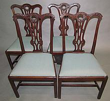 Lot 426: Set of 4 Chippendale side chairs