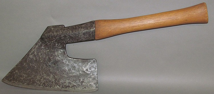 Goosewing Axe
