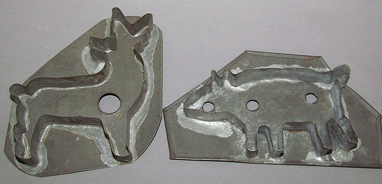 (2) Cookie cutters