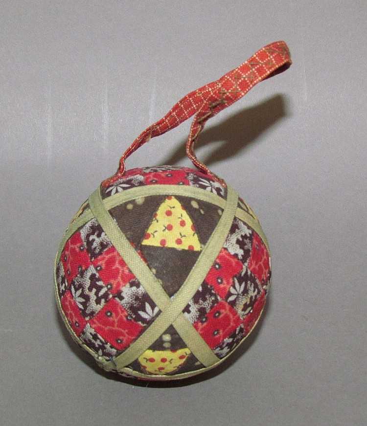 Extremely fine round ball pin cushion