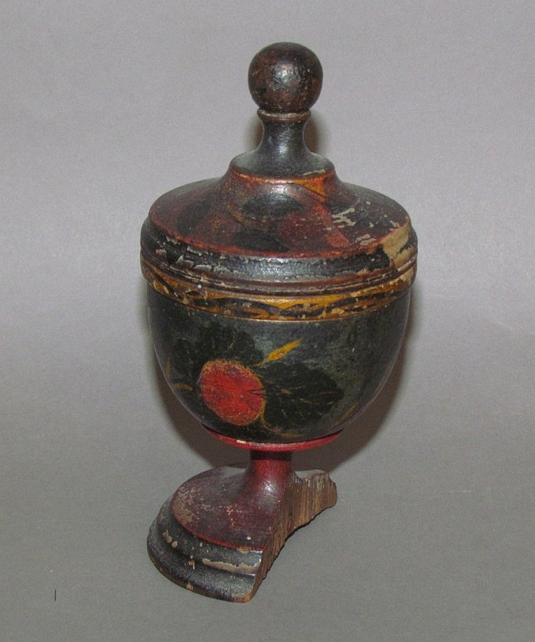 "5"" Lehn wood saffron box"