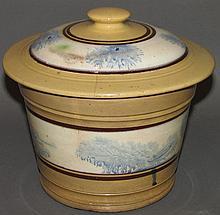 Covered yelloware bowl