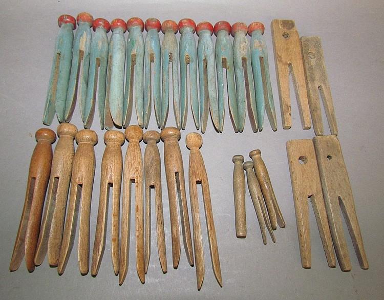 27 wooden clothes pins