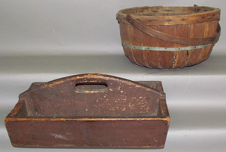 2 wooden primitives