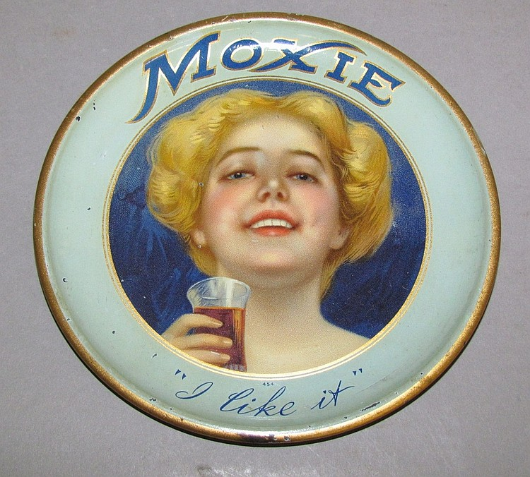 Round Moxie tip tray with blue border & blue hair girl