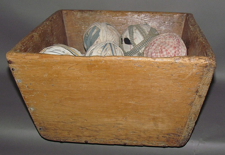 Softwood tapered side box & fabric balls