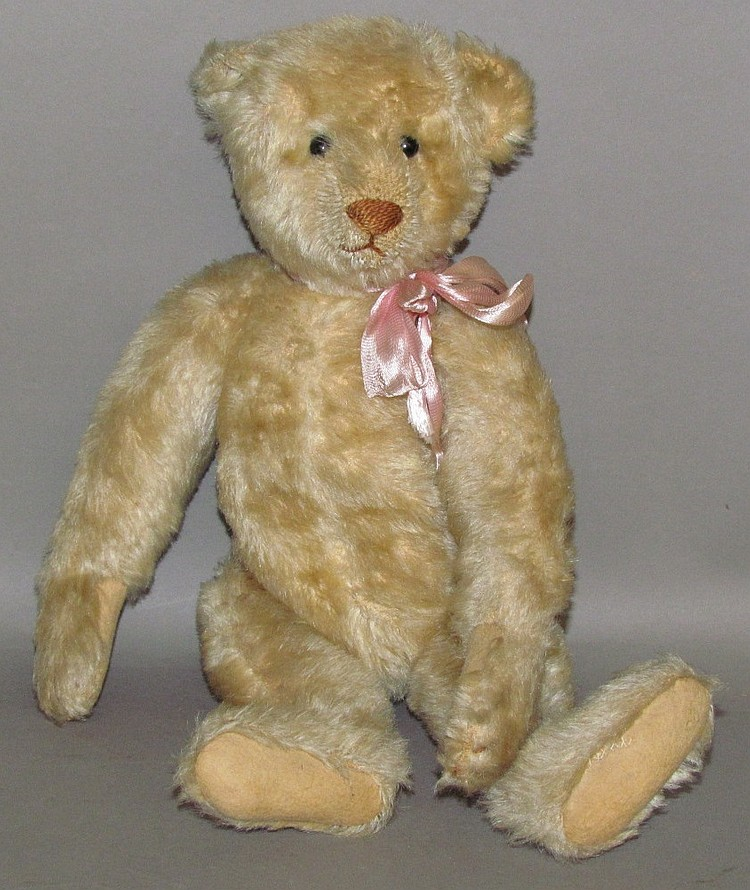 Early blonde mohair Steiff jointed bear
