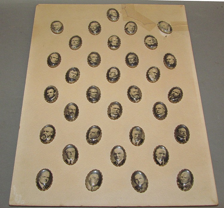 Card of Presidential oval picture buttons