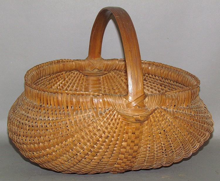 Lot 299: Ash/oak splint orschbok basket