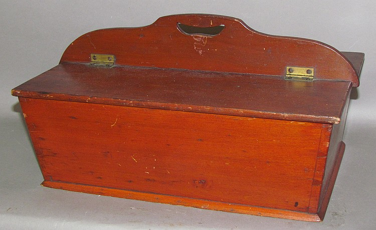 Lot 440: PA dovetailed lidded sewing tray