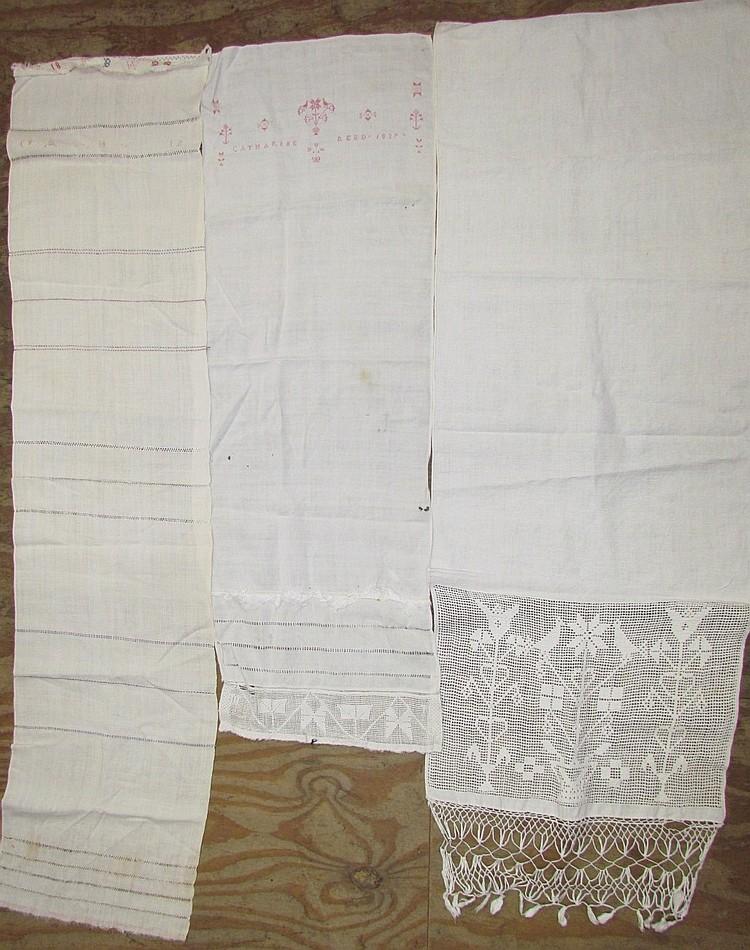 3 linen show towels