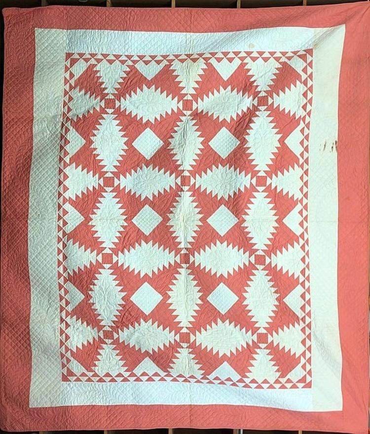 Multi block pattern pieced quilt