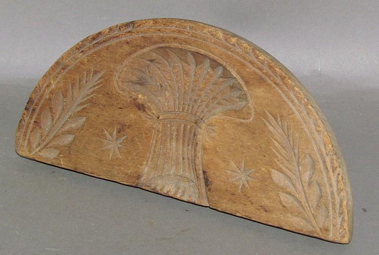 Lot 285: Early half round wheat sheath design butter print