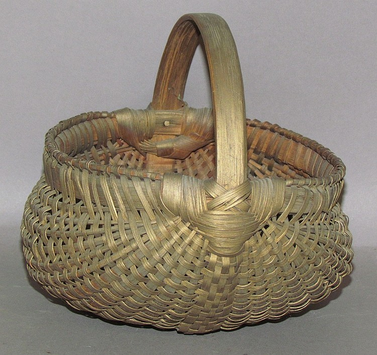 Gold painted small egg basket