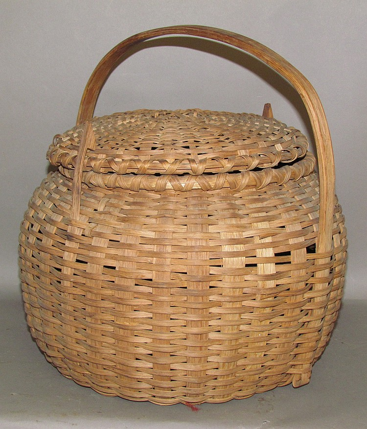 Lot 439: Dome lidded basket