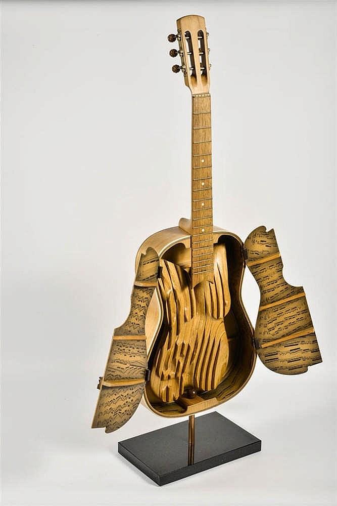 Marc LAFFINEUR (Bomal-sur-Ourthe 1940) Guitare  Guitare, bois et papie