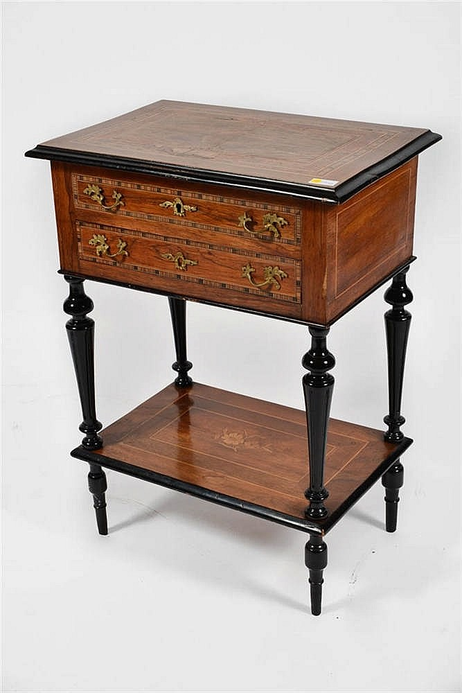 fr une table couture napoleon iii en a sewing table napo. Black Bedroom Furniture Sets. Home Design Ideas