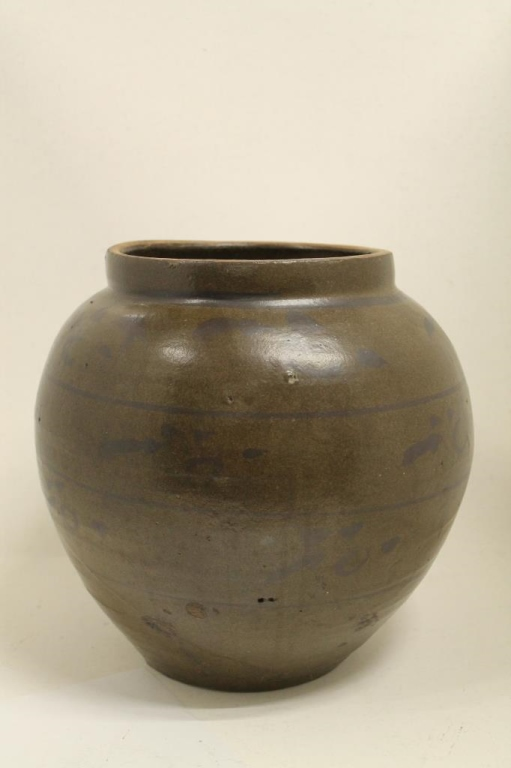 Chinese Pottery Urn