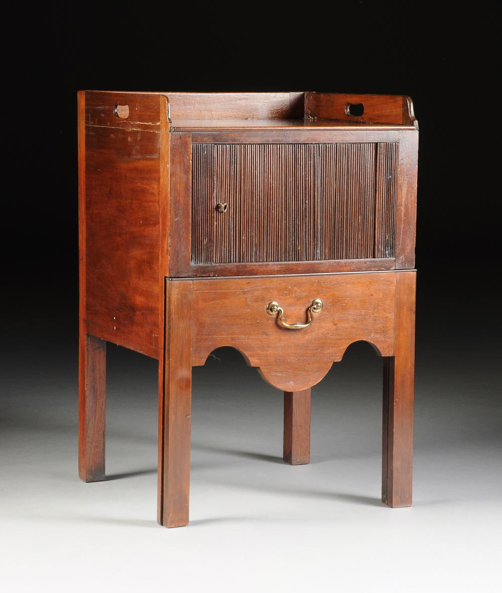A GEORGE III MAHOGANY NIGHT STAND OR POT CUPBOARD, MID 18TH CENTURY,
