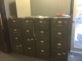 Lot of 4 file cabinets