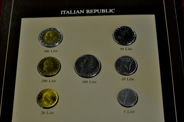 Coins of All Nations Set from Italian Republic