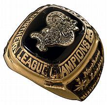 1993 Minnie Minoso St. Paul Saints Northern League Championship ring.