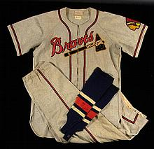 Exceptional Johnny Sain Boston Braves uniform attributed to the 1948 World Series with family provenance (NL Champions)