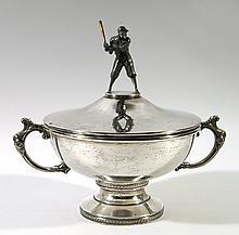Rare 1945 Detroit Tigers World Championship trophy (EX/MT)