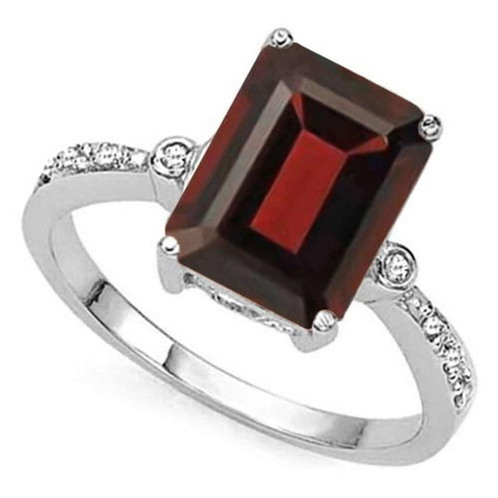 3.91 CTW GARNET & GENUINE DIAMOND (8 PCS) 10KT SOLID WHITE GOLD RING #IRS80854