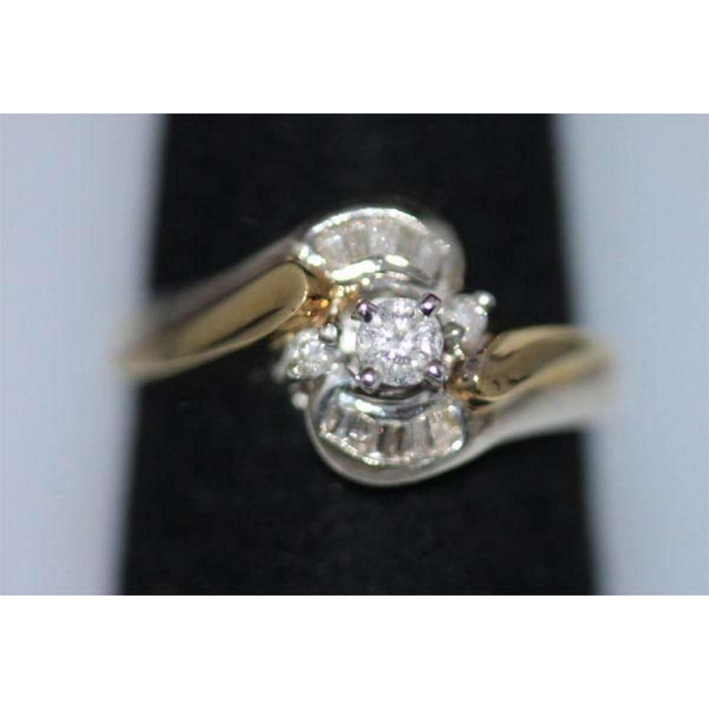 0.31 CTW DIAMOND RING .925 STERLING SILVER #IRS38903