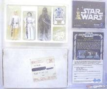 CLASSIC ELECTRONIC TOYS, STAR WARS ACTION FIGURINES AND OTHER COLLECTIBLES AND MEMORABILLIA ITEMS