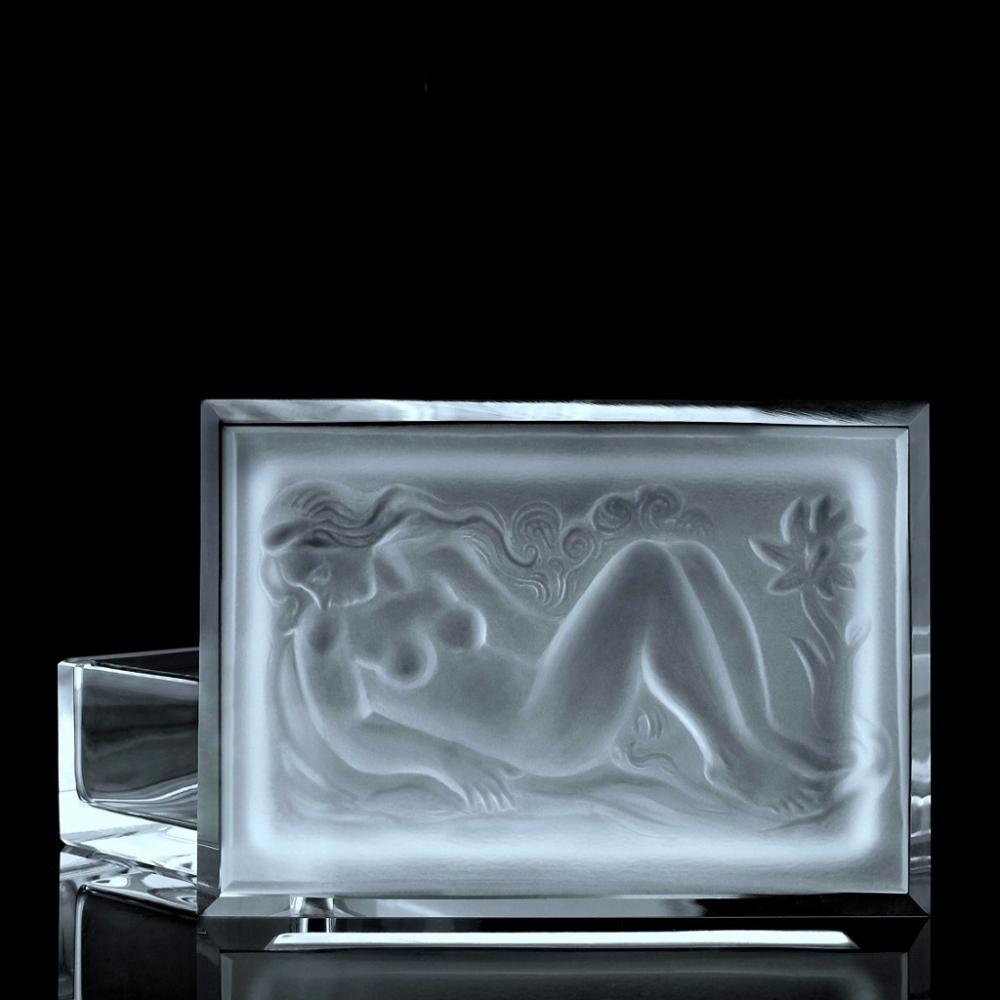 GLAMOROUS ART DECO GLASS NUDE LADY JEWELRY BOX 1930' H.HOFFMANN BY LALIQUE