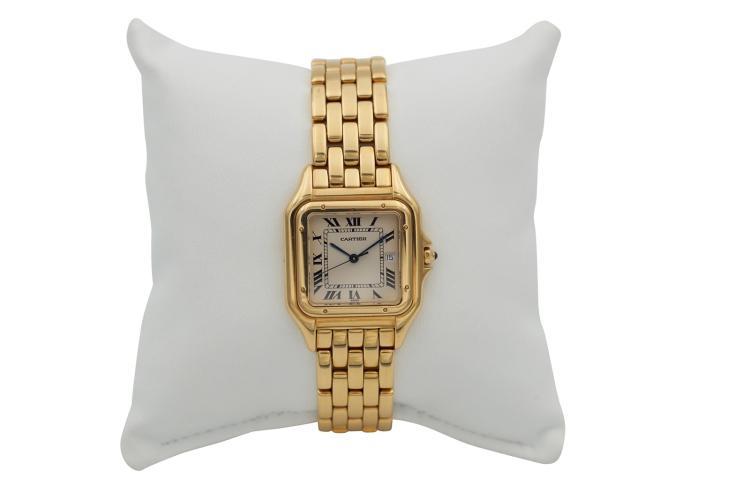 Montre CARTIER PANTHERE, en or jaune 750, quartz, des années 1990 Poids total 120 gr Grandeur 33 x 33 mm An 18k yellow gold lady's watch
