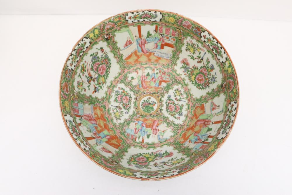 Large Chinese antique famille rose bowl