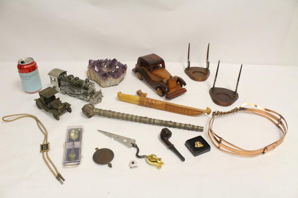 Lot of misc.; including amethyst geo