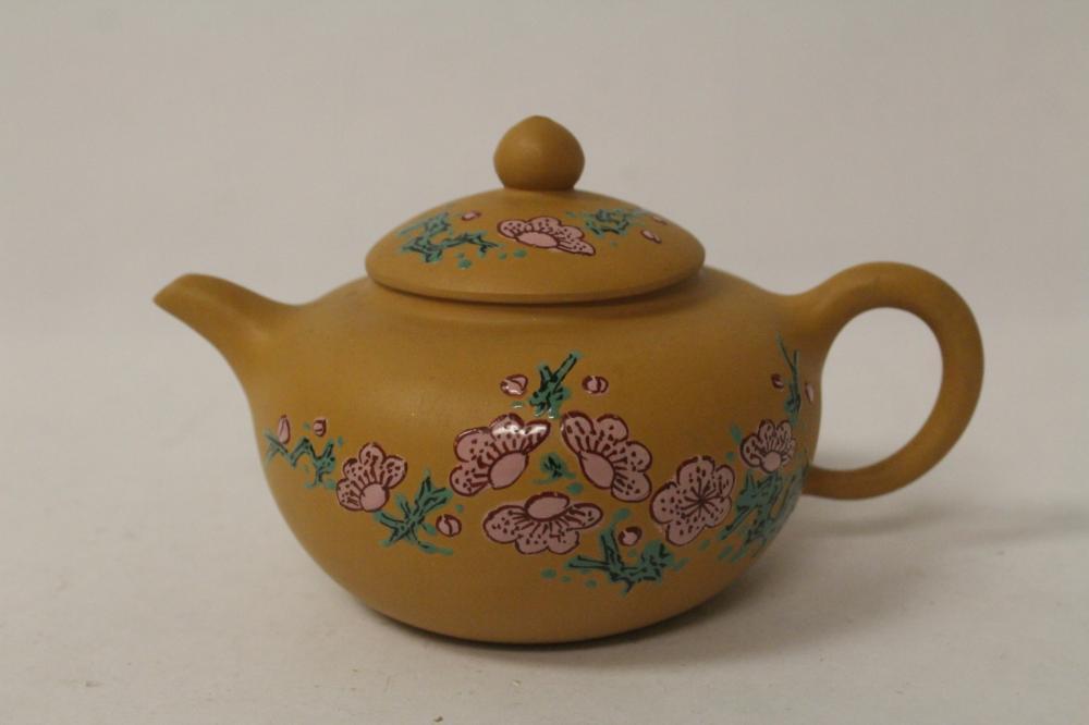Chinese enamel on Yixing teapot