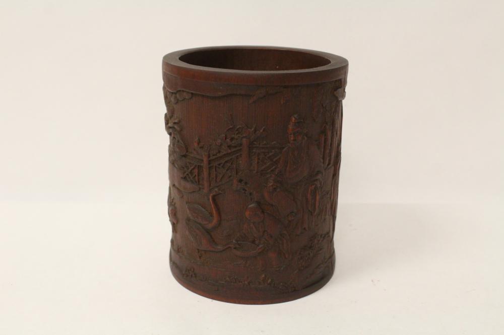 Fine Chinese bamboo carved brush holder
