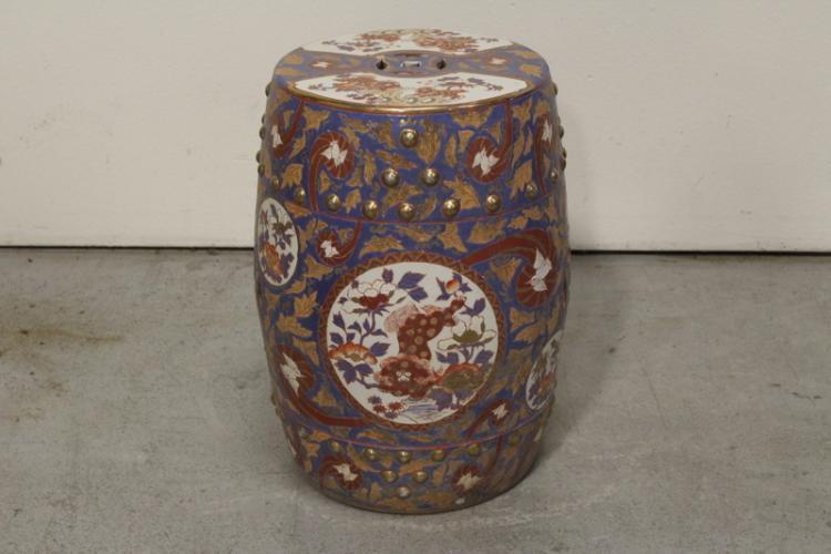Chinese wucai porcelain garden stool
