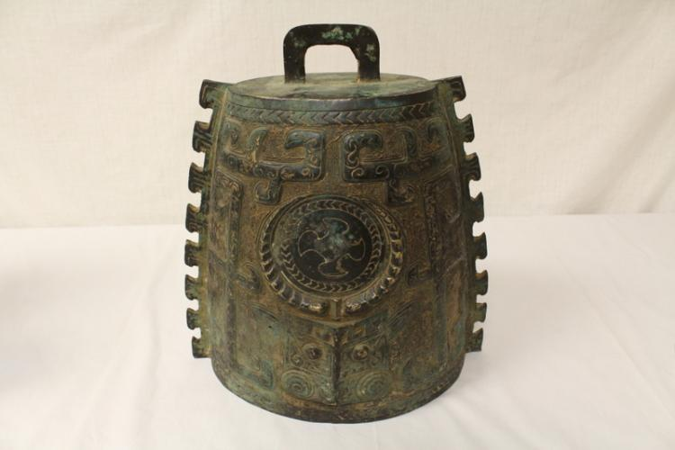 Chinese archaic style bronze bell