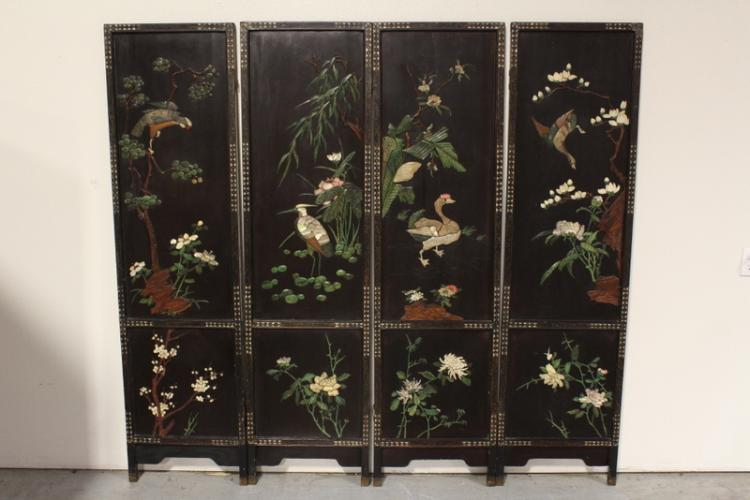 Chinese antique room divider decorated w/ mop