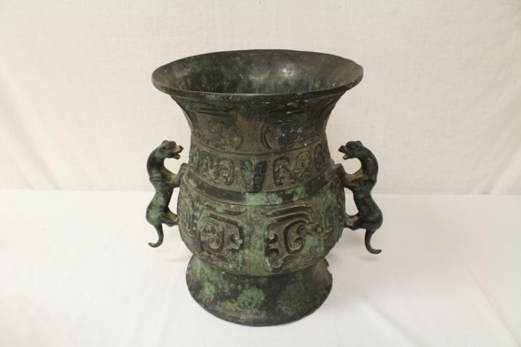 Massive Chinese archaic style bronze ritual wine vessel