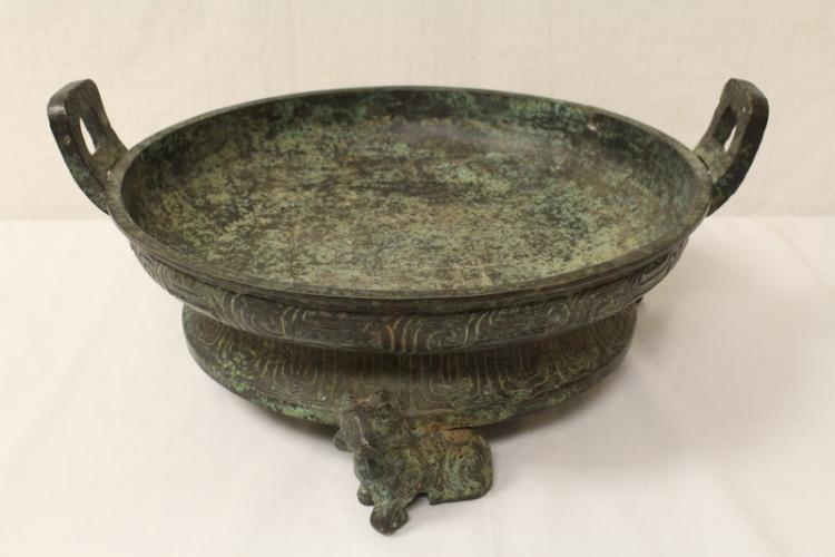 Chinese archaic style bronze 3 feet ritual platter