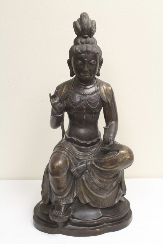 Chinese vintage bronze sculpture with inlaid