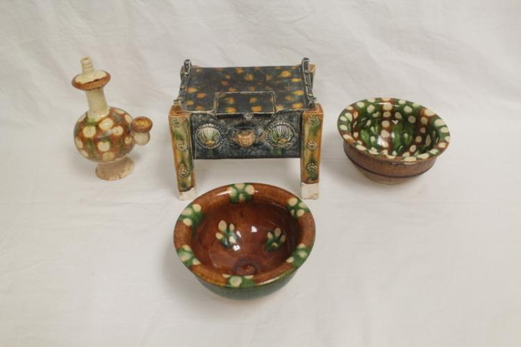 4 Tang sancai style pottery pieces