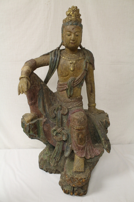 An important Chinese antique wood carving