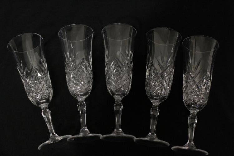 13 pieces fine crystal wine goblets