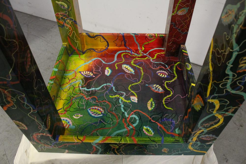 Lot 87: A Mackenzie child style painted pedestal table
